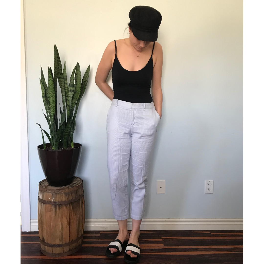Blue and WhiteGap cropped pants- Size 8