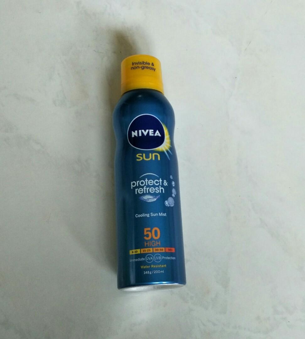 Brand New Nivea Protect & Refresh Cooling Sun Mist