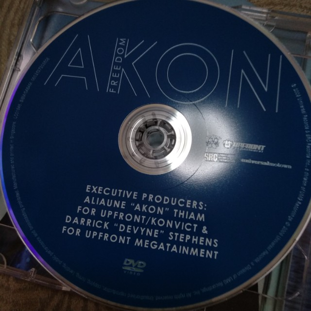 Cd plus dvd, Akon, Freedom, Music & Media, CDs, DVDs & Other
