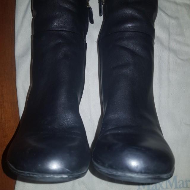 d54f2f33290 Gucci wedge black boots