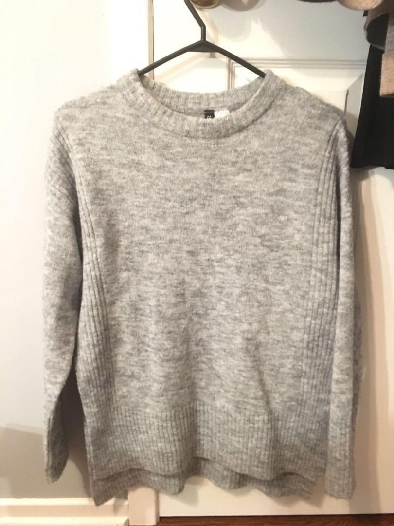 H & M Knit Sweater - XS