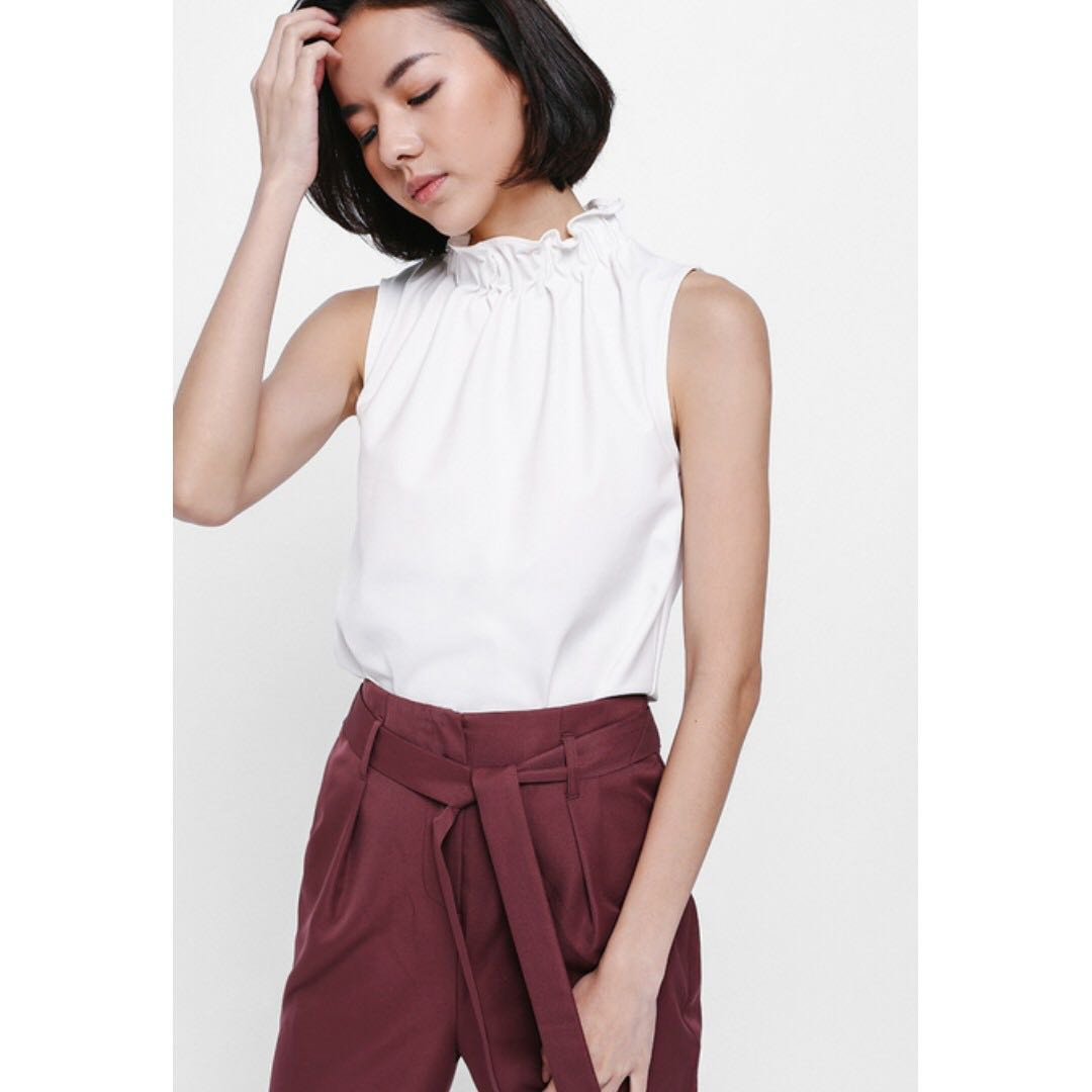 a70fddb09a Love Bonito Gilgia Gathered High Neck Top / White / XS / Wore once, Women's  Fashion, Clothes, Tops on Carousell