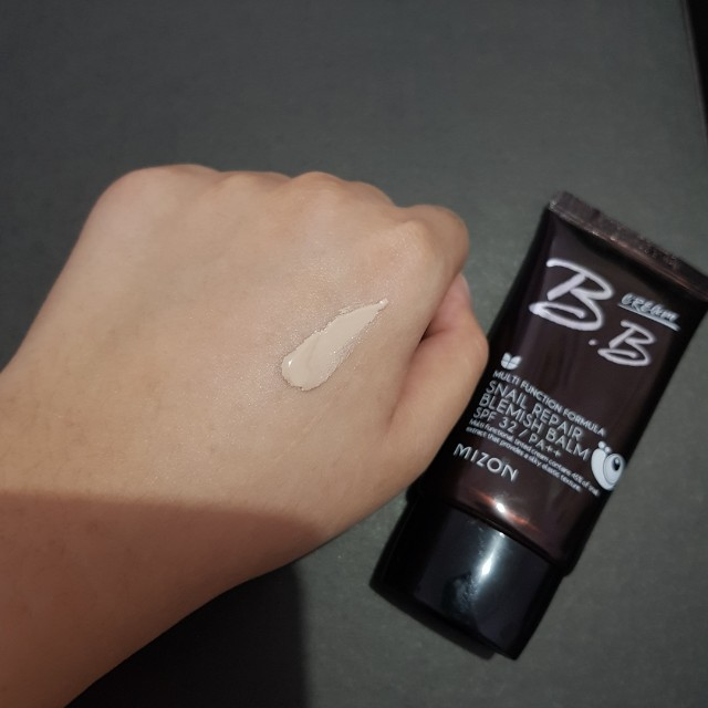 Mizon BB Cream Snail Repair SPF 32/ PA++