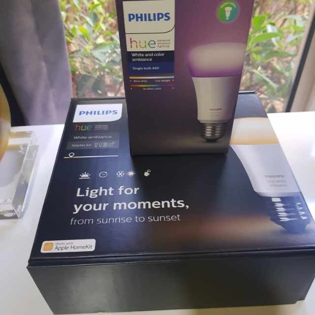 Philips Hue white ambiance starter kit (1x bridge, 2x white ambiance bulbs,  1x Dimmer switch)