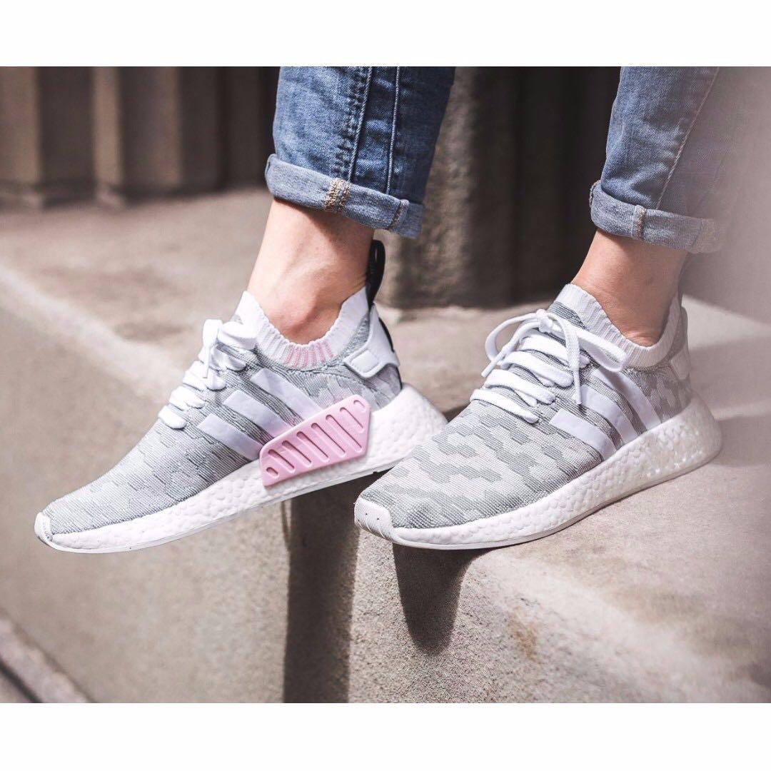 PO) Adidas Womens NMD R2 PK Grey Pink