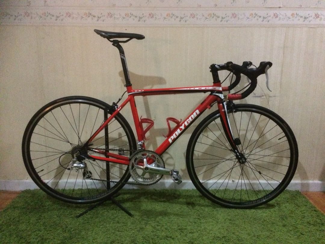 12481ffb6ec Polygon Helios 100 Road Bike / Bicycle, Sports, Bicycles on Carousell