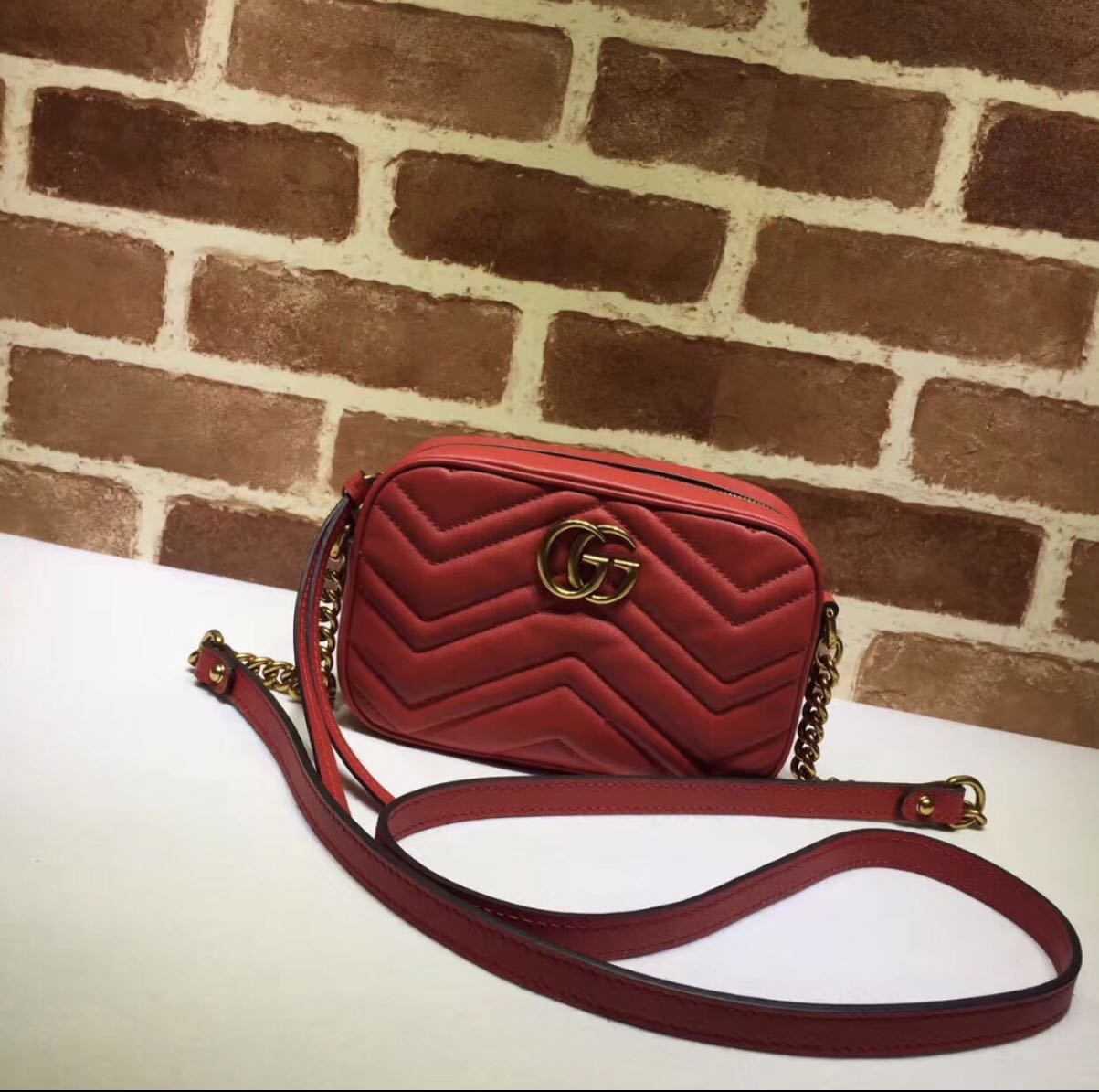 Replica Gucci bag red