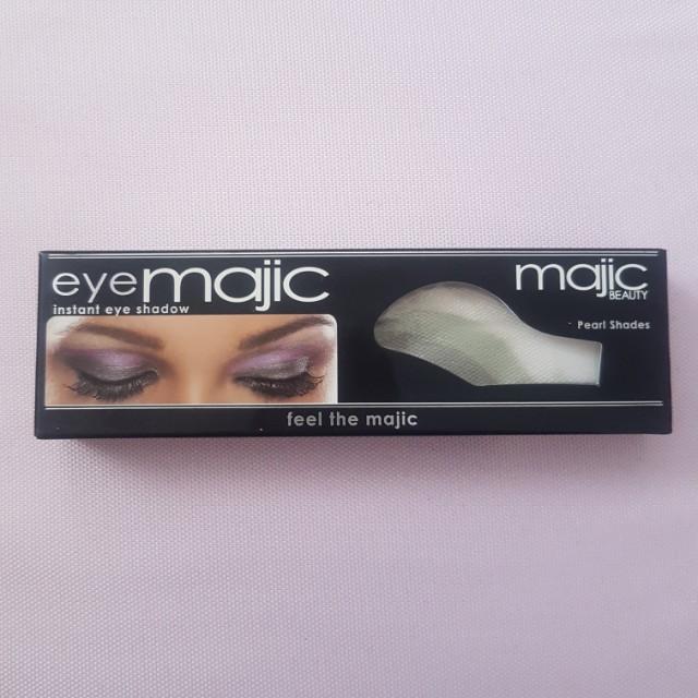 TRENDING Eye Majic One Swipe Eyeshadow