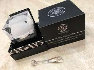 Diamond Infused HYDRA-AM Moisture Complex Cream