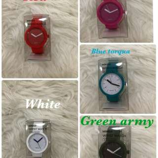 Miniso wrist watch atau jam tangan miniso