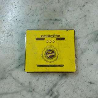 555 State Express Cigarettes Square Tin Vintage