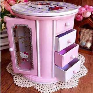 HELLO KITTY MUSIC BOX