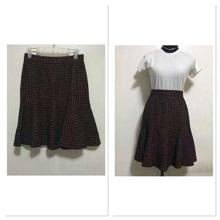[Preloved] Midi Knitted Ruffled Skirt