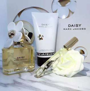 Marc Jacobs Daisy EDT淡香水套裝