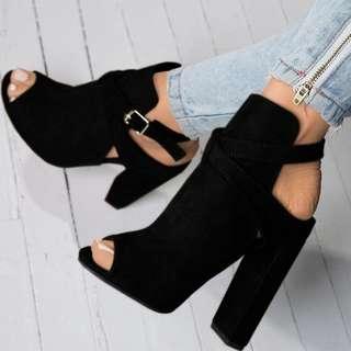 PO // Claudie Suede Chunky Heels // KS030