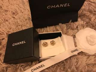 Authentic extremely beautiful Chanel earrings