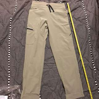 "Patagonia w30-34 L38"" new with tag"