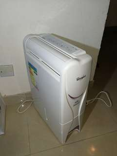 Whirlpool 惠而浦 ss226 20L 薄身可乾衣抽濕機 Dehumidifier