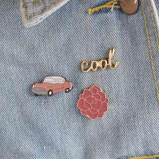 1 set pink pin badges