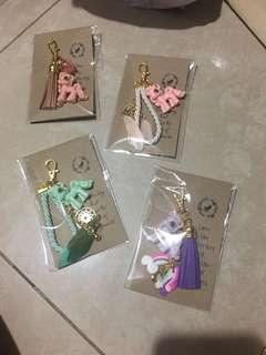 Customise pony keychain