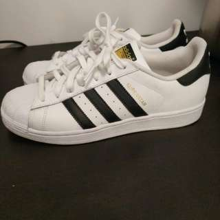 Adidas Superstars - size 9
