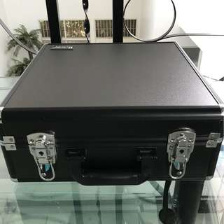 DIJUAL PRELOVED MAKEUP/BEAUTY CASE ARMANDO CARUSO