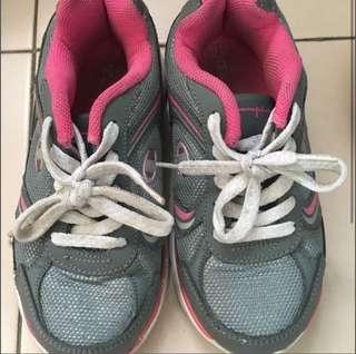 Sport shoes size 13