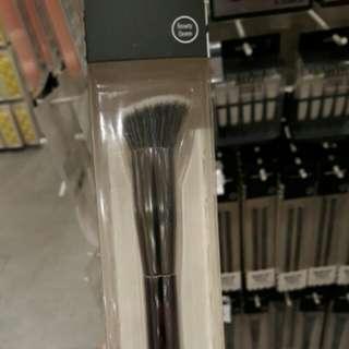 Kuas Make Up Pro Fine Precision Sculpting Brush ( MAKEUP TOOLS )