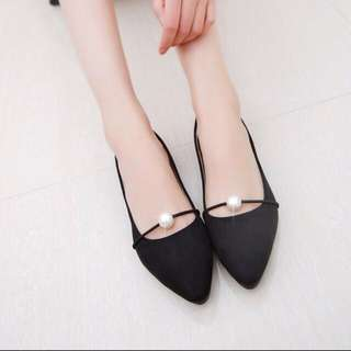 Size 37 flat shoes brand new reduce to clear
