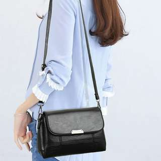 簡約大容量女側背包