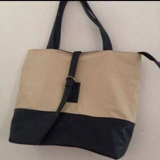 Totebag broken white