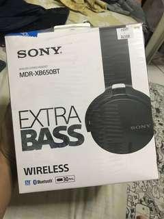 Sony MDR-XB650BT WIRELESS HEADPHONES