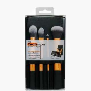 Real Technique Brush / Kuas Lembut 4 set