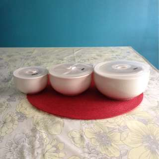 New ceramic bowls with cover(3 pcs)
