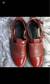 Unique Leather Patent Shoe - Red