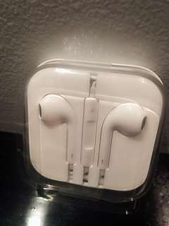 authentic new iPhone earphones