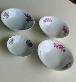 Old Porcelain Bowls from China 4 Pieces