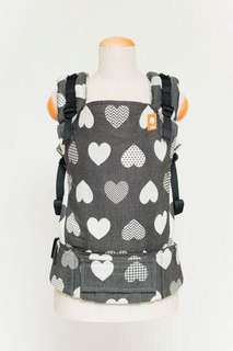 (NEW) Baby Tula Full Toddler WC Carrier - Love Motif Noir