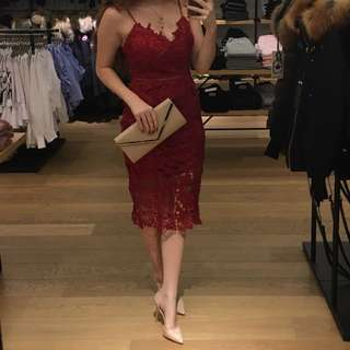 HONEY RED LACE DRESS