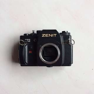 (For Display) Zenit 122 Film Camera