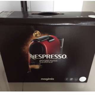 Nespresso Essenza Mini (White)