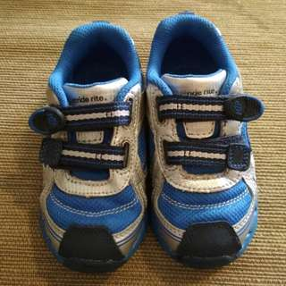 Blue and silver Stride Rite boys shoes (size 6.5 W)