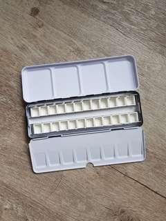 Medium Tin Box Travel Palette