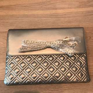 brand new metallic clutch