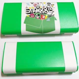 Smiggle flippable pencil case