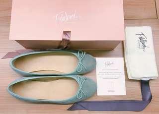 全新Flattered Stockholm芭蕾舞鞋