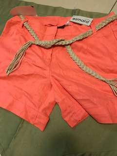 Summer shorts with braided belt