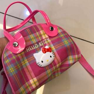 Hello kitty sling bag