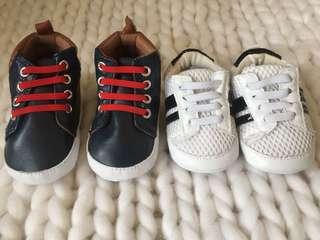 Bundle sale Crib couture soft shoes