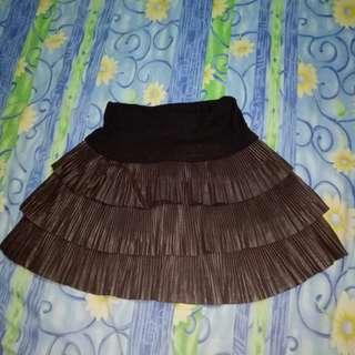 Mini skirt / rok mini renda coklat